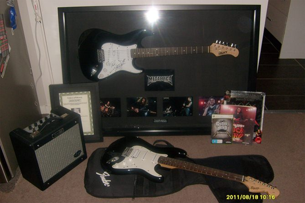 Ultimate 'Metallica'/fender guitar pack - Listing #: 525063485