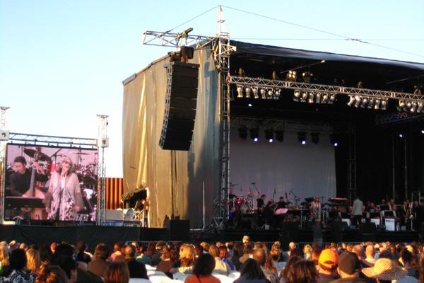 Patti Austin entertains at the Tauranga Jazz Festival