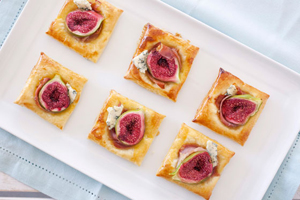 Fig, prosciutto and blue cheese pastries