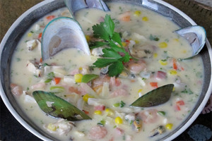 Seafood and mussell chowder