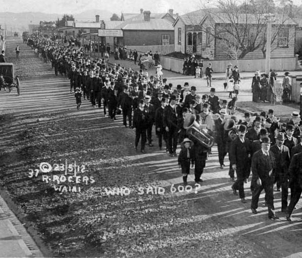 Miners strike in Waihi, 1912.