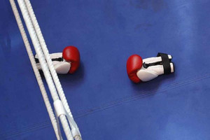 boxing / charity / terminator / neville knight