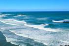 beach / summer / swimming / surf lifesaving